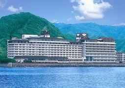 鴨川ホテル三日月